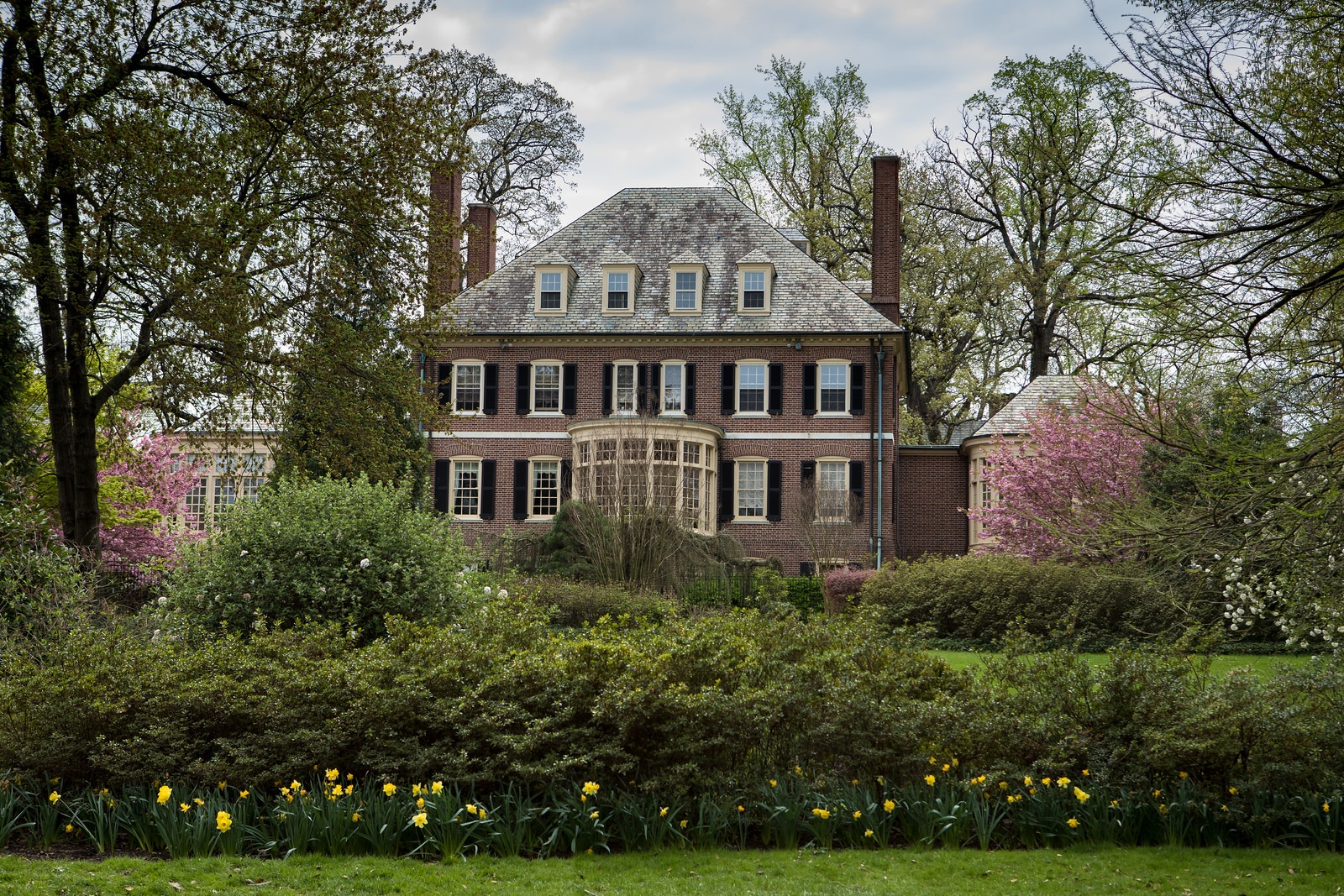 House Near Park in Sherwood Gardens
