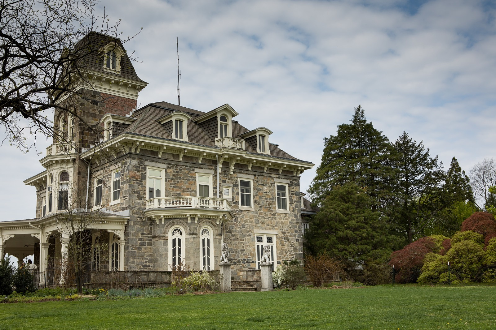 Mansion in Cylburn Arboretum
