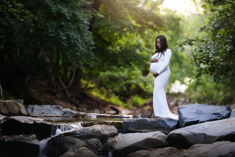 Maternity photography session in Baltimore, Maryland